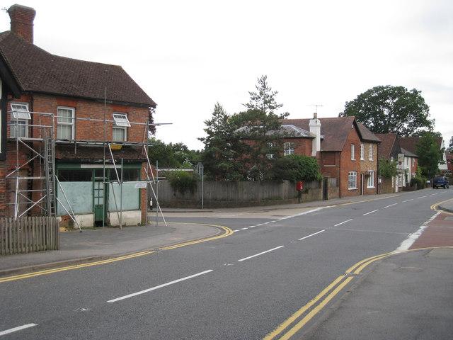 Four Elms Road & Pootings Road Junction