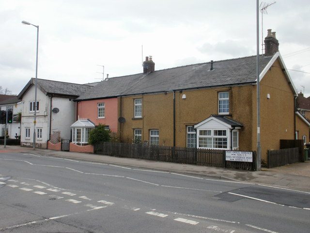 Post Office Terrace, Ponthir