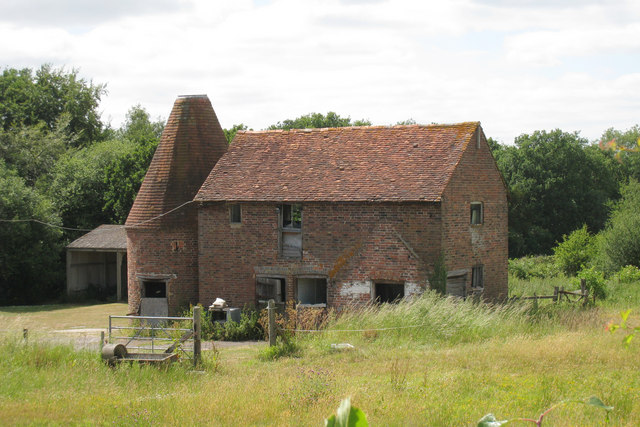 Unconverted Oast House at Spratsbrook Farm, Eridge Road, Tunbridge Wells, Kent