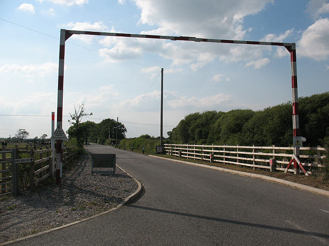 Height barriers for construction traffic on Drakelow Lane