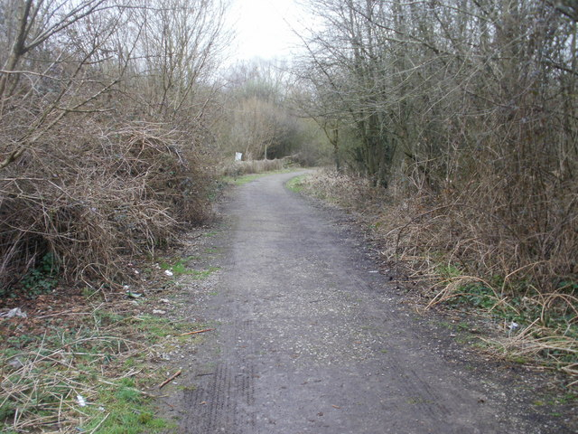 Ponthir : path through water treatment works