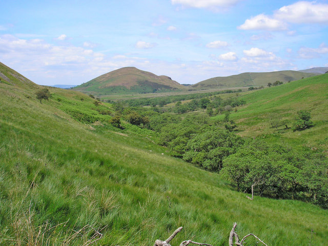 Behind Dufton Pike