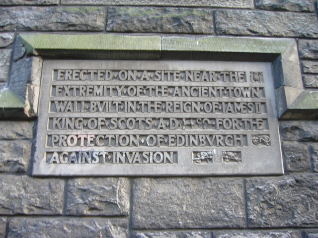 Town wall tablet, Johnston Terrace
