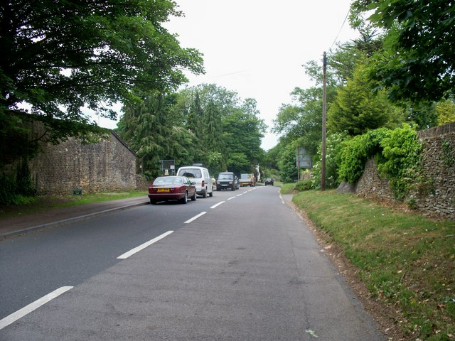 The road to Lower Swell