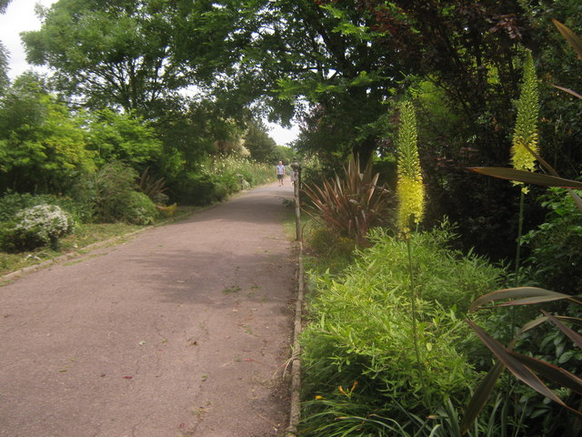 Wakefield Walk and flower borders