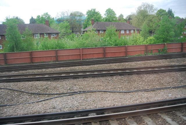 Lines merging near Shortlands railway station