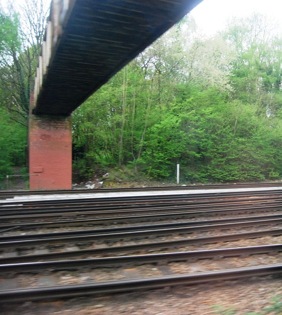 London Loop Footbridge crosses the line, north of Petts Wood Station