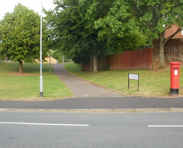 Path to Pilton Vale and Claremont, Malpas, Newport