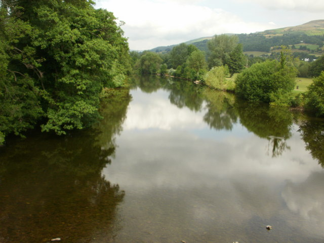 Looking upstream from Crickhowell Bridge