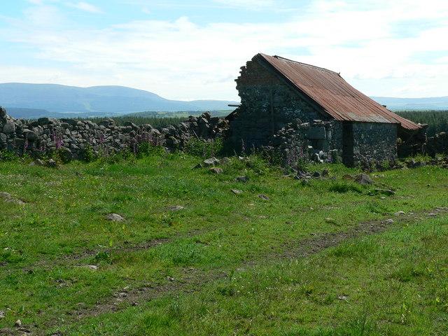 Derelict shed at Barskeoch