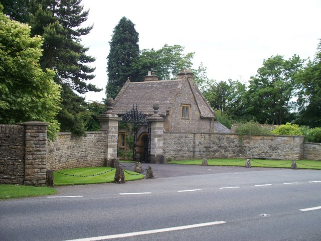 Entrance to Abbotswood