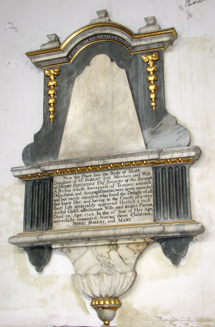 St Nicholas' Chapel in Kings Lynn - C18 monument