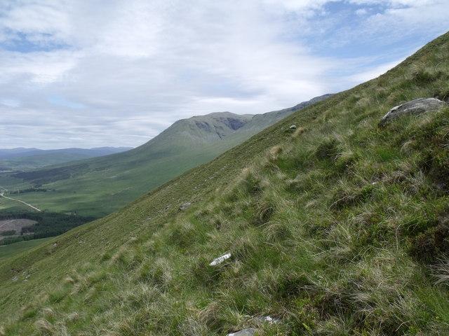 Steep north-west flank of Beinn Bhreac-liath's north ridge near Tyndrum