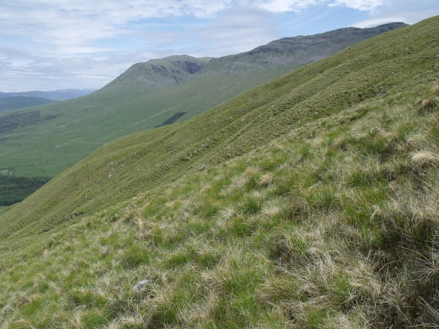 Looking across the main watercourse on the north-west flank of Beinn Bhreac-liath near Tyndrum
