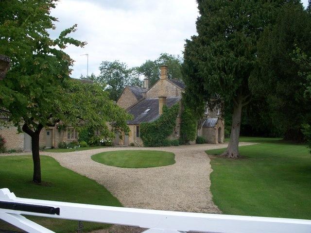 Bowl Farmhouse