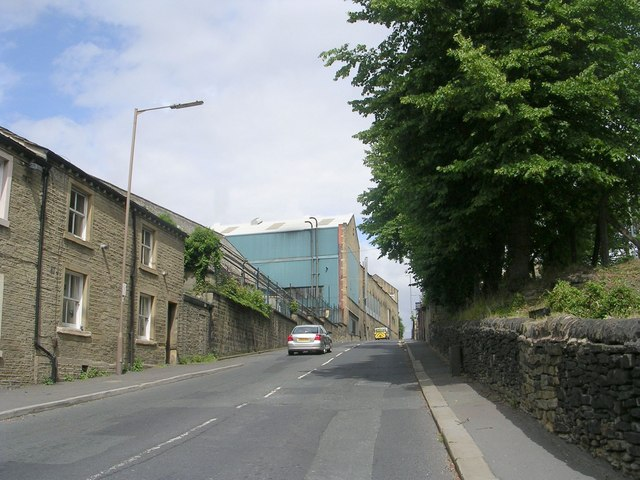 Park Road - viewed from Yew Green Road
