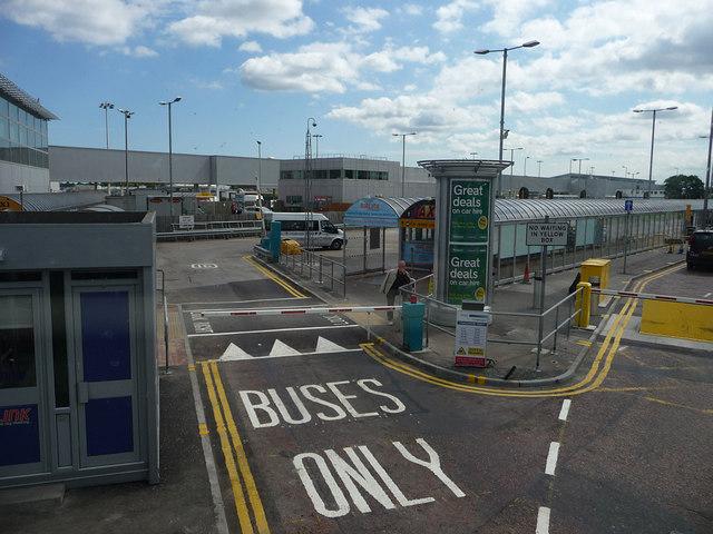 Edinburgh Airport bus stop