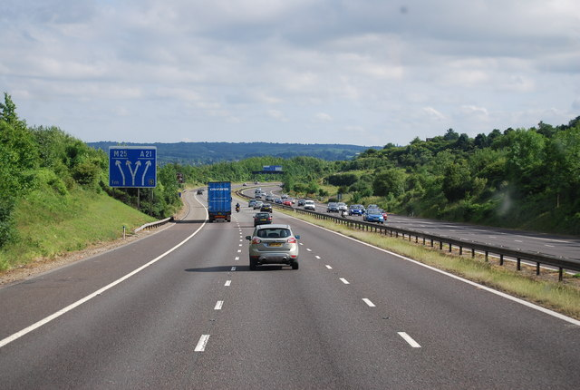 The M25 heading south