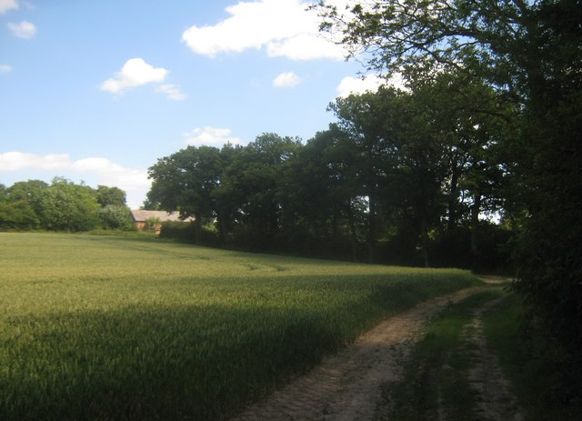 Footpath towards Upper Barn