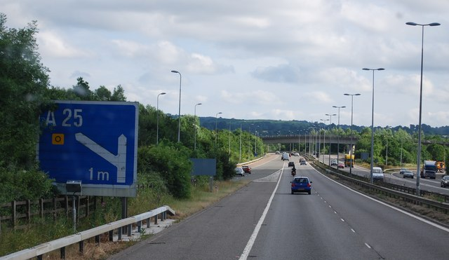 Approaching the M25 / A25 junction