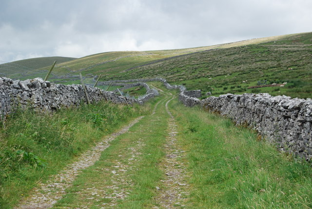 Pennine Way & Ribble Way share a path