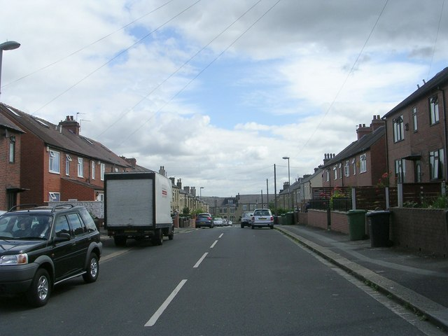 Holly Road - Moorbottom Road