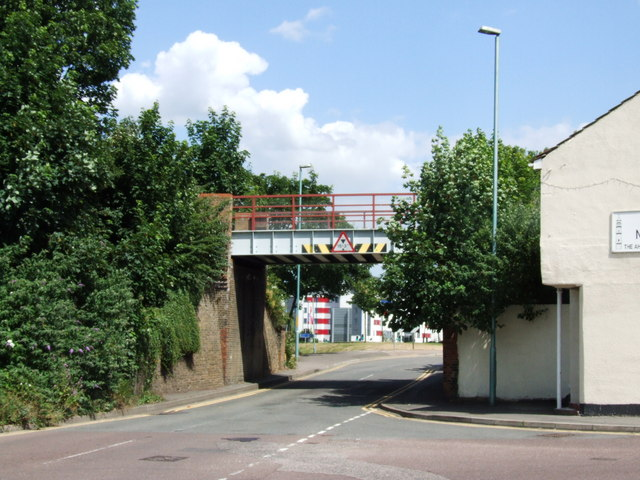 Railway bridge over Medway Road, Gillingham