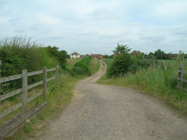 Track over Grantham Canal near Bassingfield