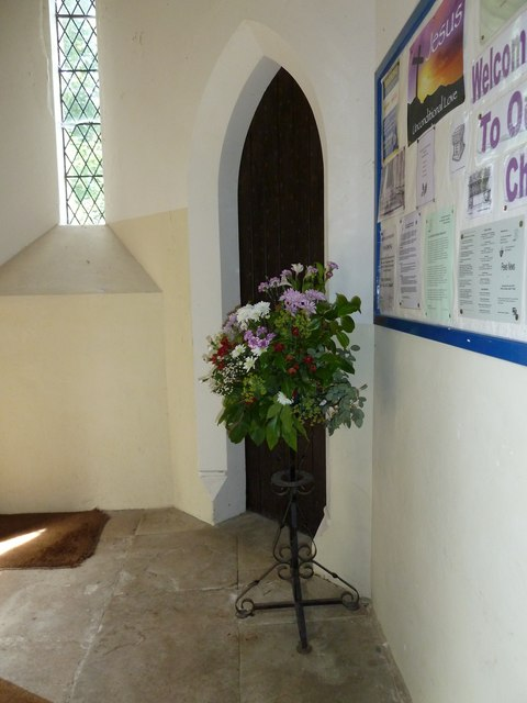 St John the Apostle, Marchwood- floral display (2)