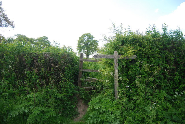 Footpath leaves the Sussex Border Path