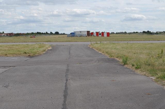 Robin Hood Airport taxiway