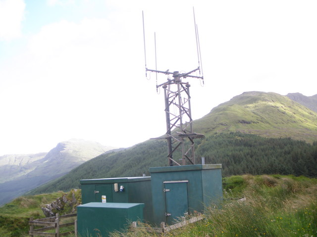 Communications mast above the Rest and be Thankful