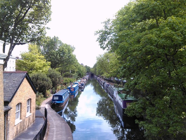 Narrowboats on the Regent's Canal