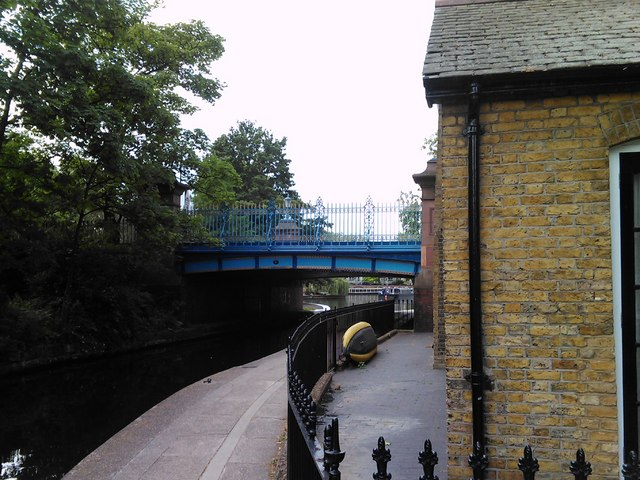 Warwick Avenue bridge