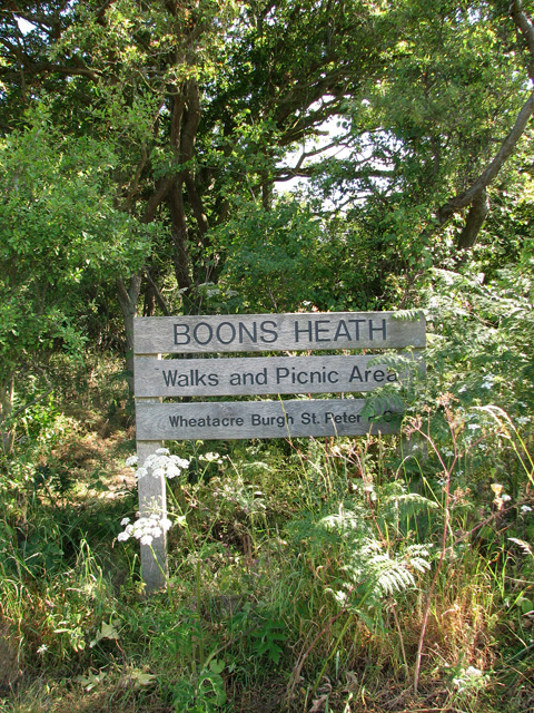 Boons Heath location sign by The Shrublands