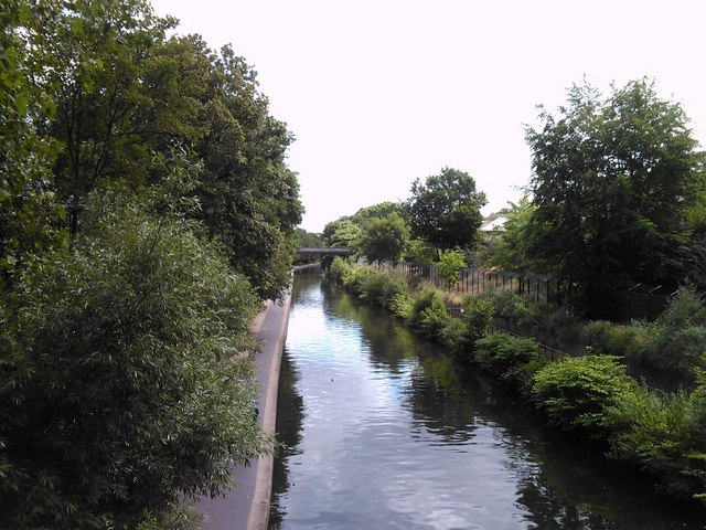 View of the Regent's Canal from Primrose Hill Bridge