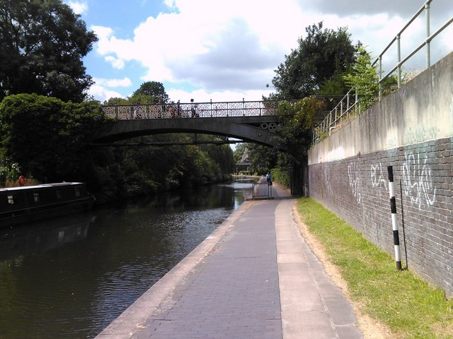 Iron footbridge across the Regent's Canal