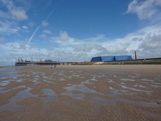 Beach south of Blackpool South Pier