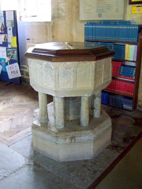 Font, The Church of St Mary and St James