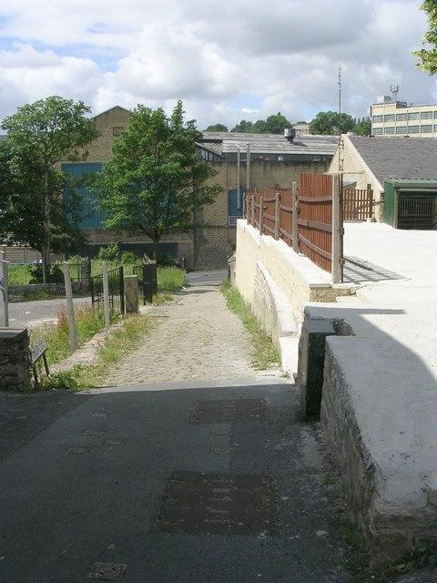 Yews Lane - Yews Hill Road