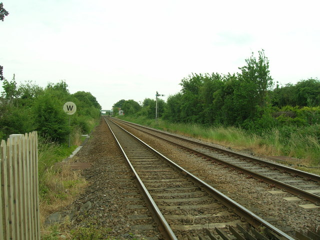 Railway line towards Bingham Railway Station