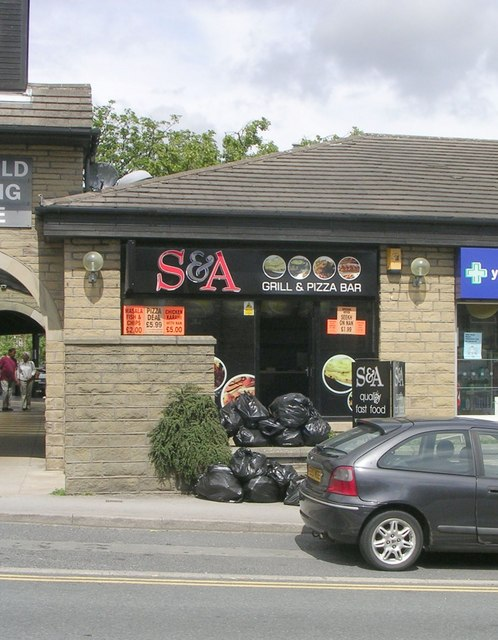 S & A Grill & Pizza Bar - Blackmoorfoot Road