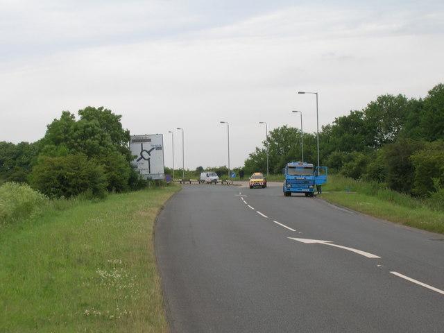 Approaching A46 roundabout