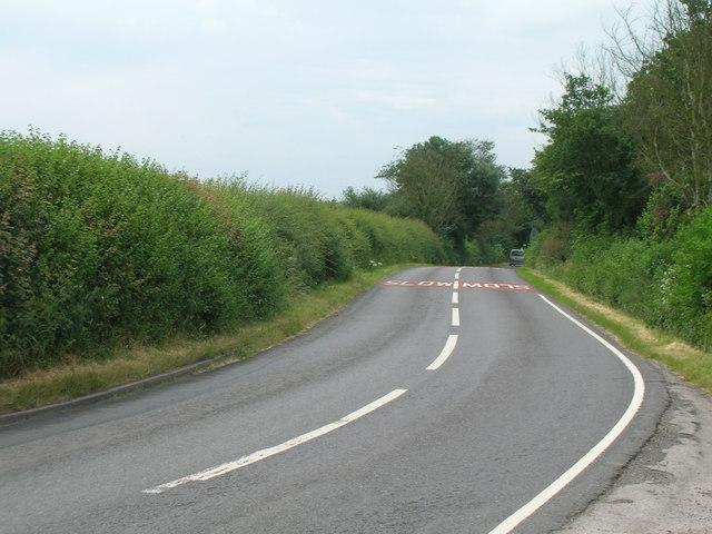 Minor road towards Radcliffe on Trent