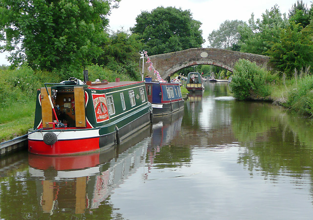 Staffordshire and Worcestershire Canal south-east of Stafford