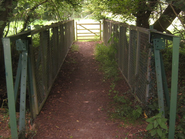 Metal footbridge on Sussex Border Path near Moat Farm
