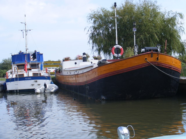 The marina at Waveney River Centre