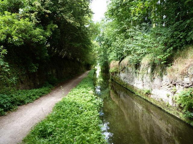 Marsh Lane 'Narrows' on the Staffs & Worcs canal