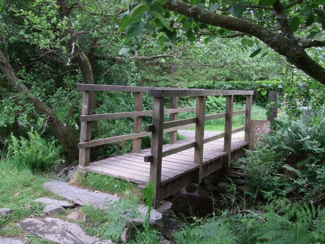 Footbridge across stream near Hendre