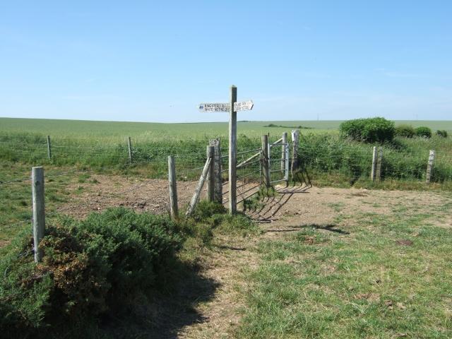 Footpath near Newlands Farm